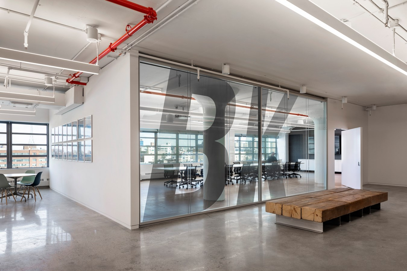 Brooklyn-Navy-Yard-Development-Corporation-Offices-by-Smith-Miller-Hawkinson-Architects-L-4