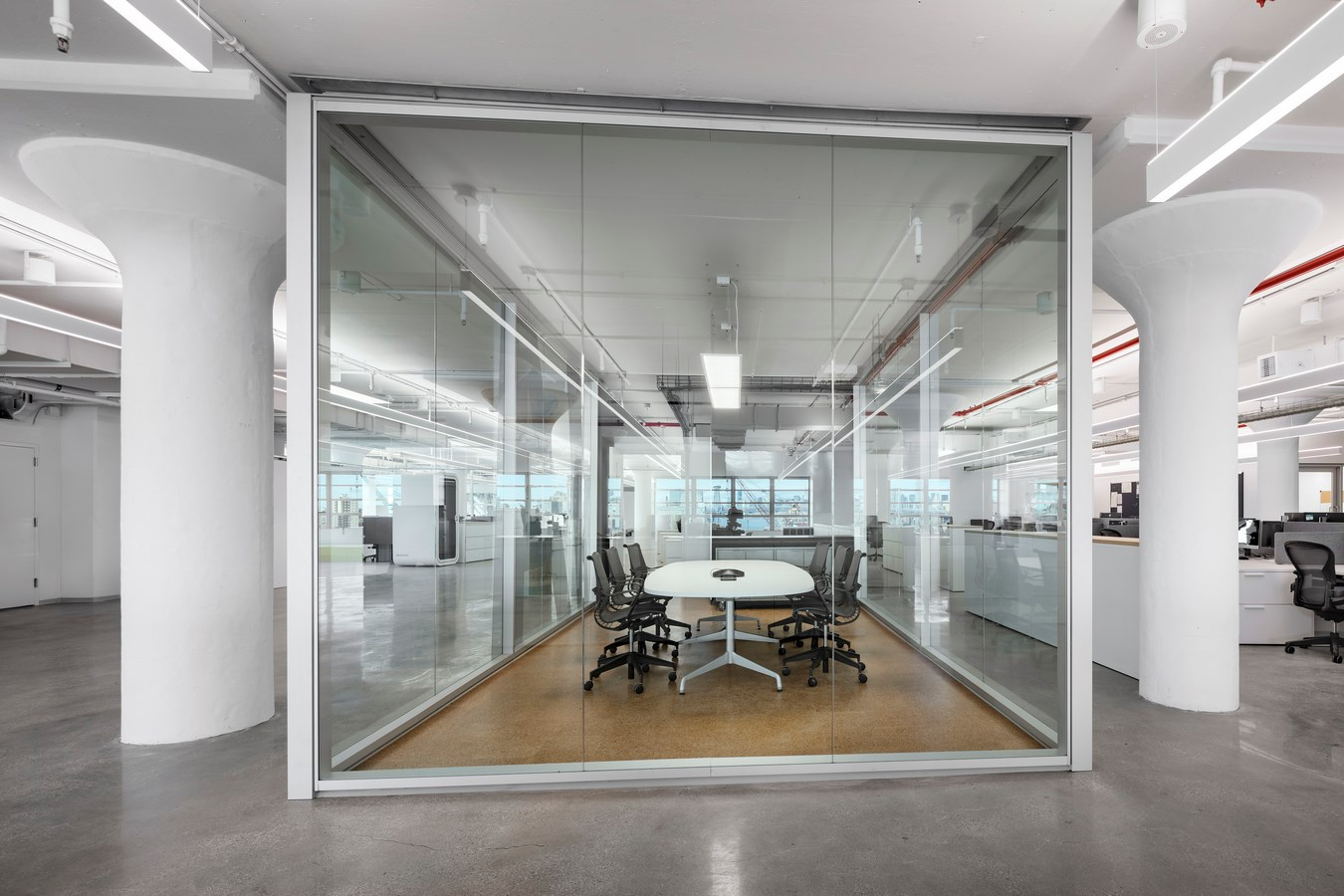 Brooklyn-Navy-Yard-Development-Corporation-Offices-by-Smith-Miller-Hawkinson-Architects-L-6