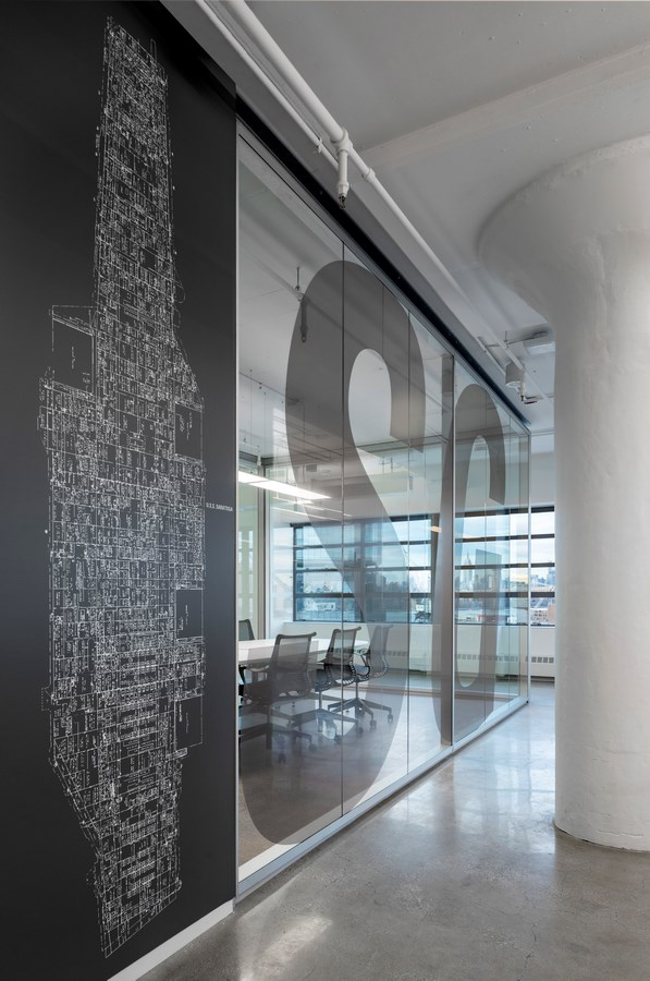 Brooklyn-Navy-Yard-Development-Corporation-Offices-by-Smith-Miller-Hawkinson-Architects-L-7